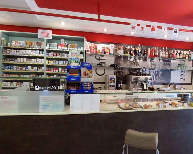 Arredamento bar caffetteria Cafè PriMè realizzato a Vicenza