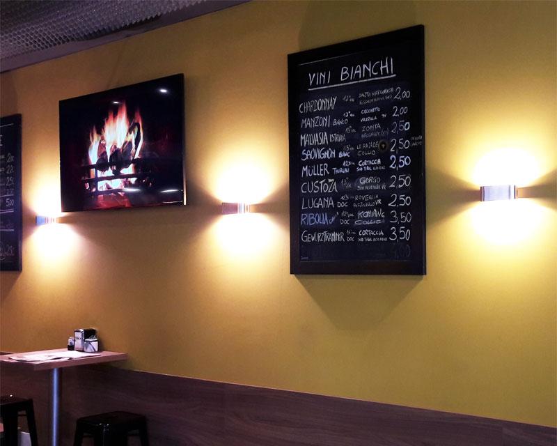 Arredamento bar caffetteria Divinus realizzato a Mogliano Veneto (Treviso)