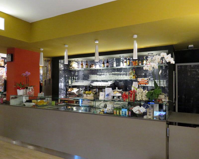 Help! Bar caffetteria realizzato a Cessalto (Tv)