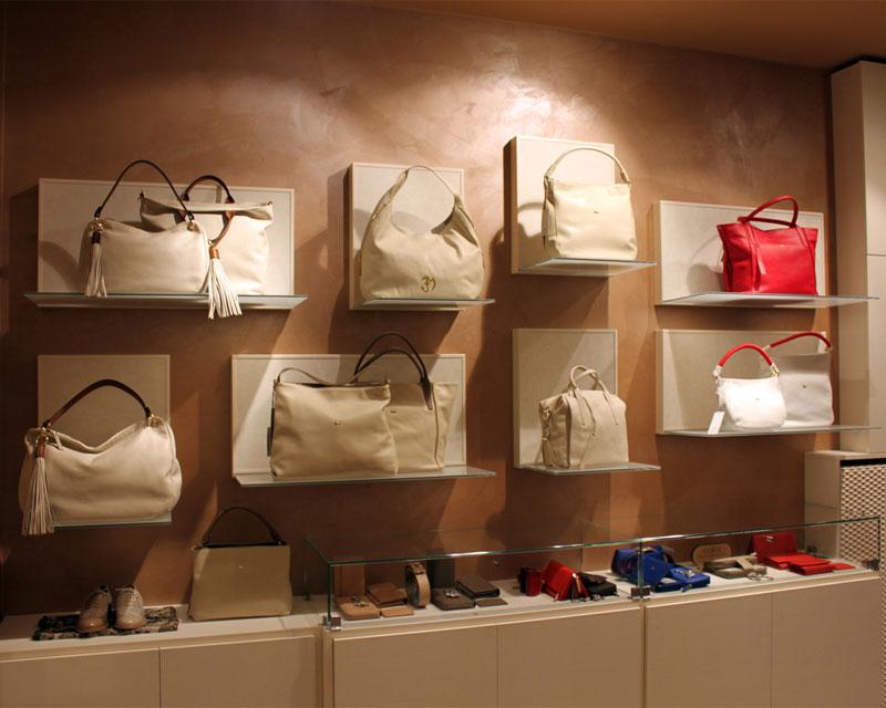 Arredamento negozio di calzature Lisotto