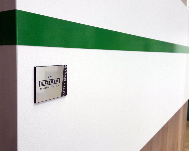 Arredamento negozio di elettrodomestici Folletto Bimby