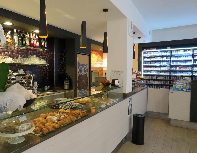 t2000,-interno-tabaccheria-con-area-caffetteria,-articolo-blog-COMINshop