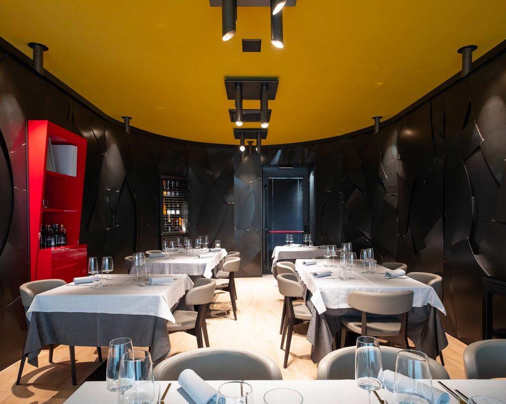arredamento ristorante, pareti di metallo, COMINshop