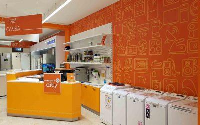 Arredamento per un negozio di elettronica, creatività e personalità