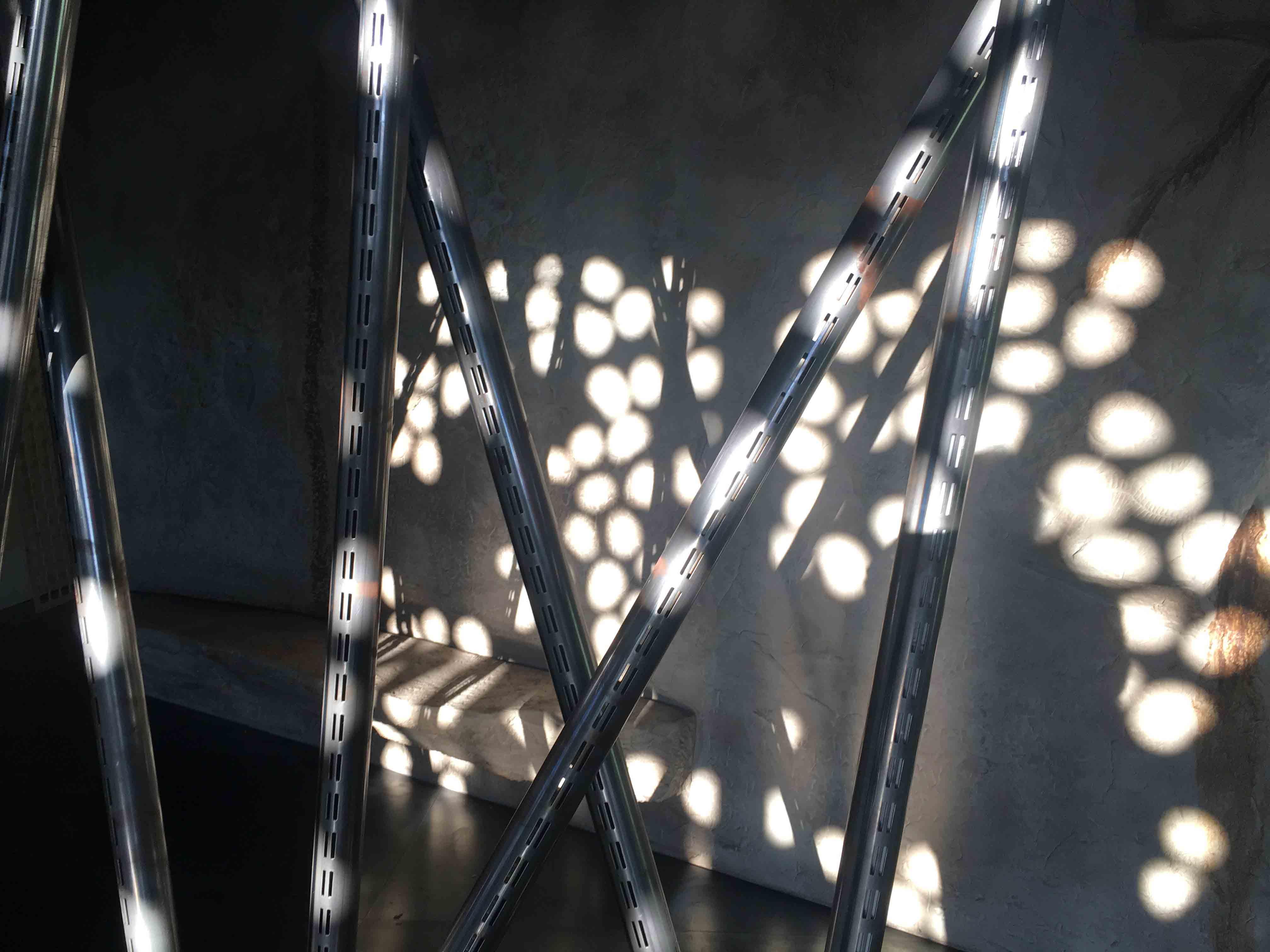 illuminazione-per-negozi,-punti-di-luce-naturale-in-ARTU,-COMINshop