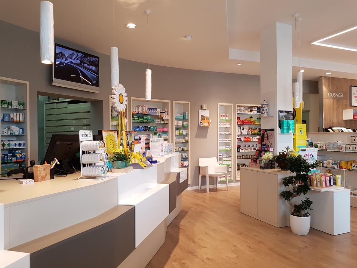 arredamento negozi, bancone di una farmacia, COMINshop