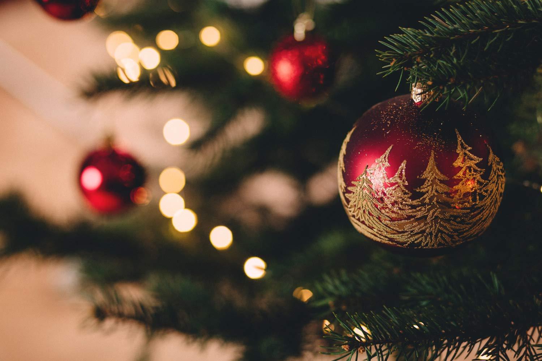 gingilli-natalizi-con-abete