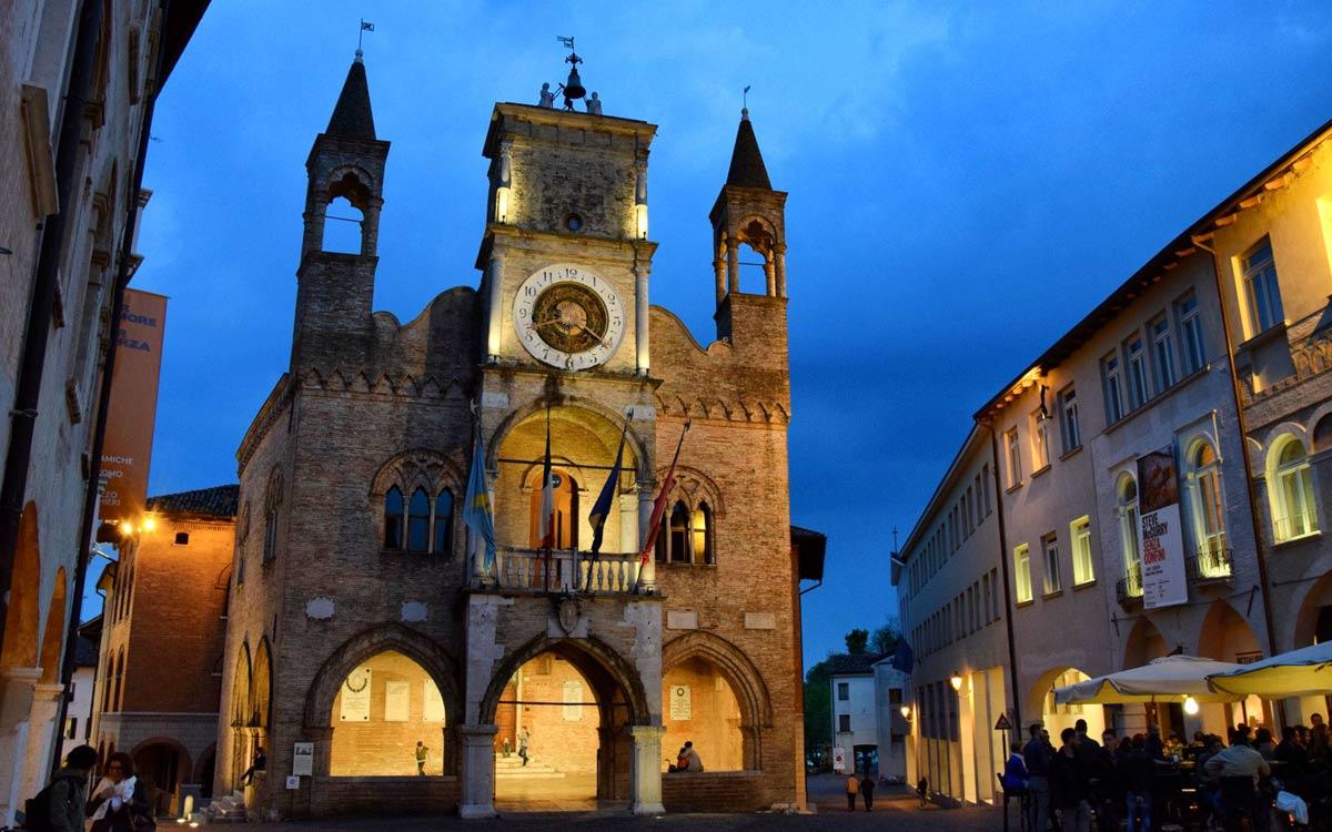 futuro-del-commercio,-municipio-di-Pordenone,-COMINshop