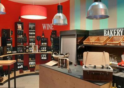 arredamento gastronomia Bolzano, negozio boutique, design gastrronomia, COMINshop